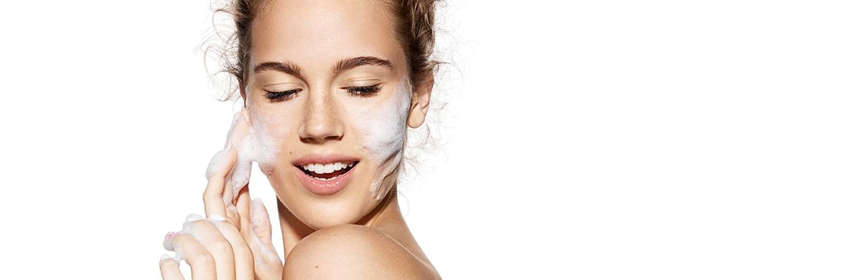 Diferentes maneras de combatir la piel grasa.
