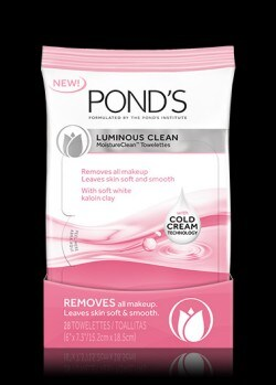 POND'S® Luminous Clean™ MoistureClean™ Towelettes